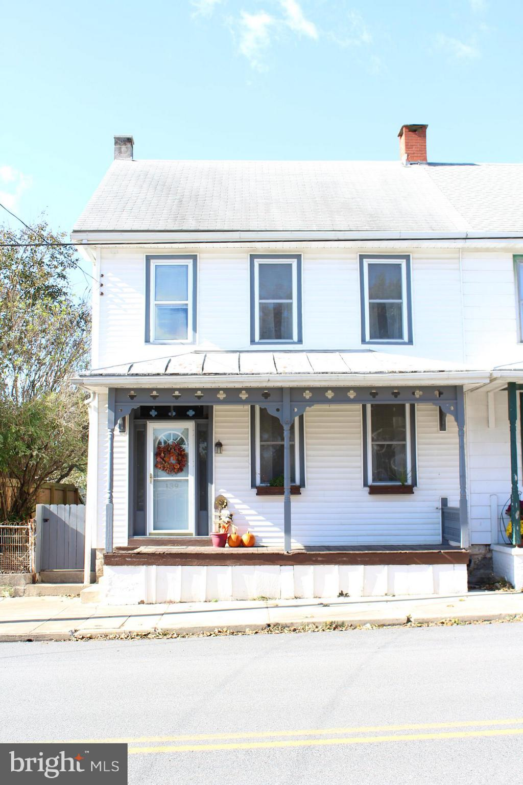 139 N CENTER STREET, FREDERICKSBURG, PA 17026