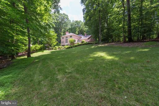 9311 Cornwell Farm Dr Great Falls VA 22066
