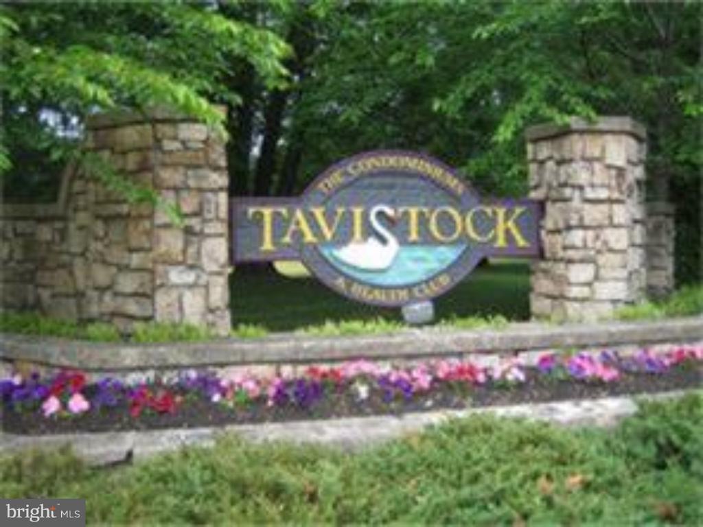 296 TAVISTOCK, CHERRY HILL, NJ 08034