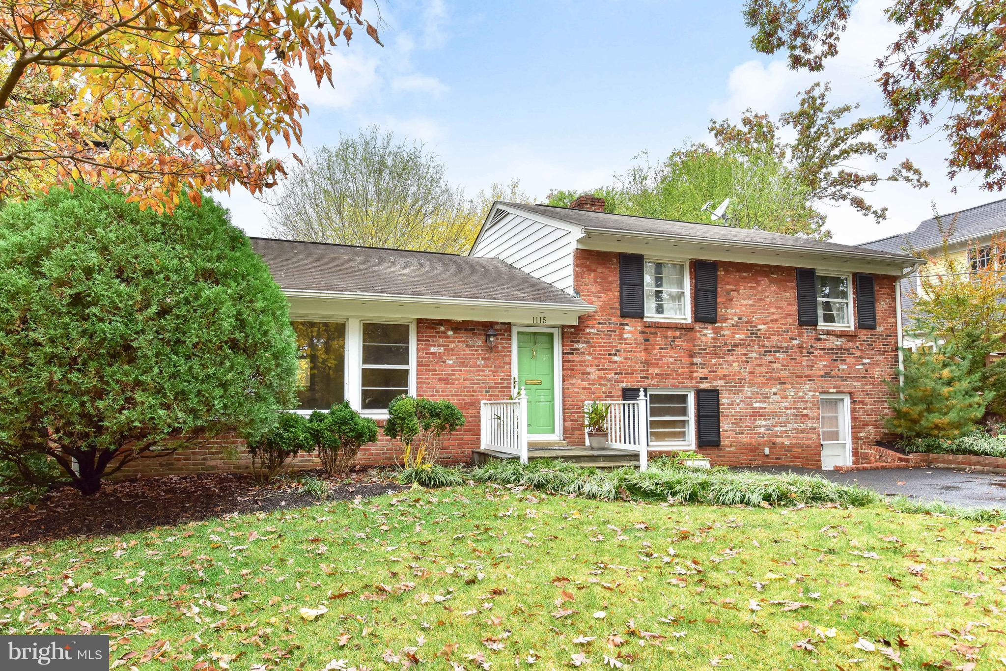 Sited at the quiet end of Key Drive near Chinquapin Park, this thoughtfully updated home features almost 3000 square feet and room for expansion on the level .44 acre lot.  The flexible floor plan includes two master suites with one on the main level; an updated kitchen overlooking the large family room and informal eating area; formal living room that could also function as a dining room, and a cozy finished lower level with walkout to the front.  The three season sun room overlooks the lush private backyard with large patio.  Other highlights include: hardwood floors, granite counters, recessed lighting, breakfast bar, skylights, two fireplaces, built-ins, storage room, and more!  Conveniently located just minutes from Old Town, Del Ray, shopping, dining, and transit, your new home awaits!