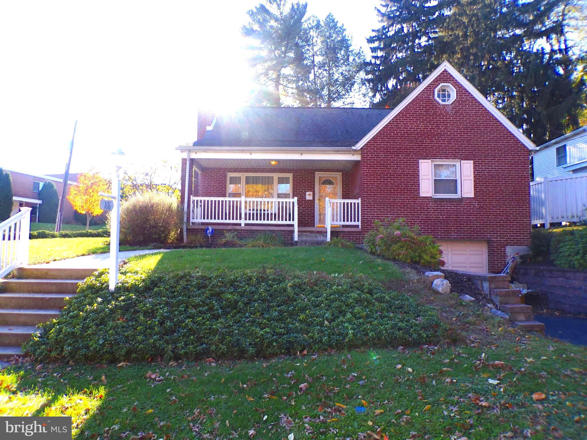 106 WOODSIDE ROAD, LEMOYNE, PA 17043