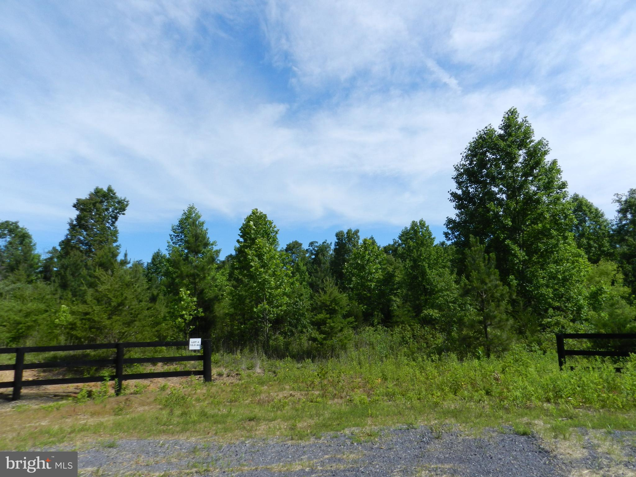 TROTTING TRAIL, RICHARDSVILLE, VA 22736