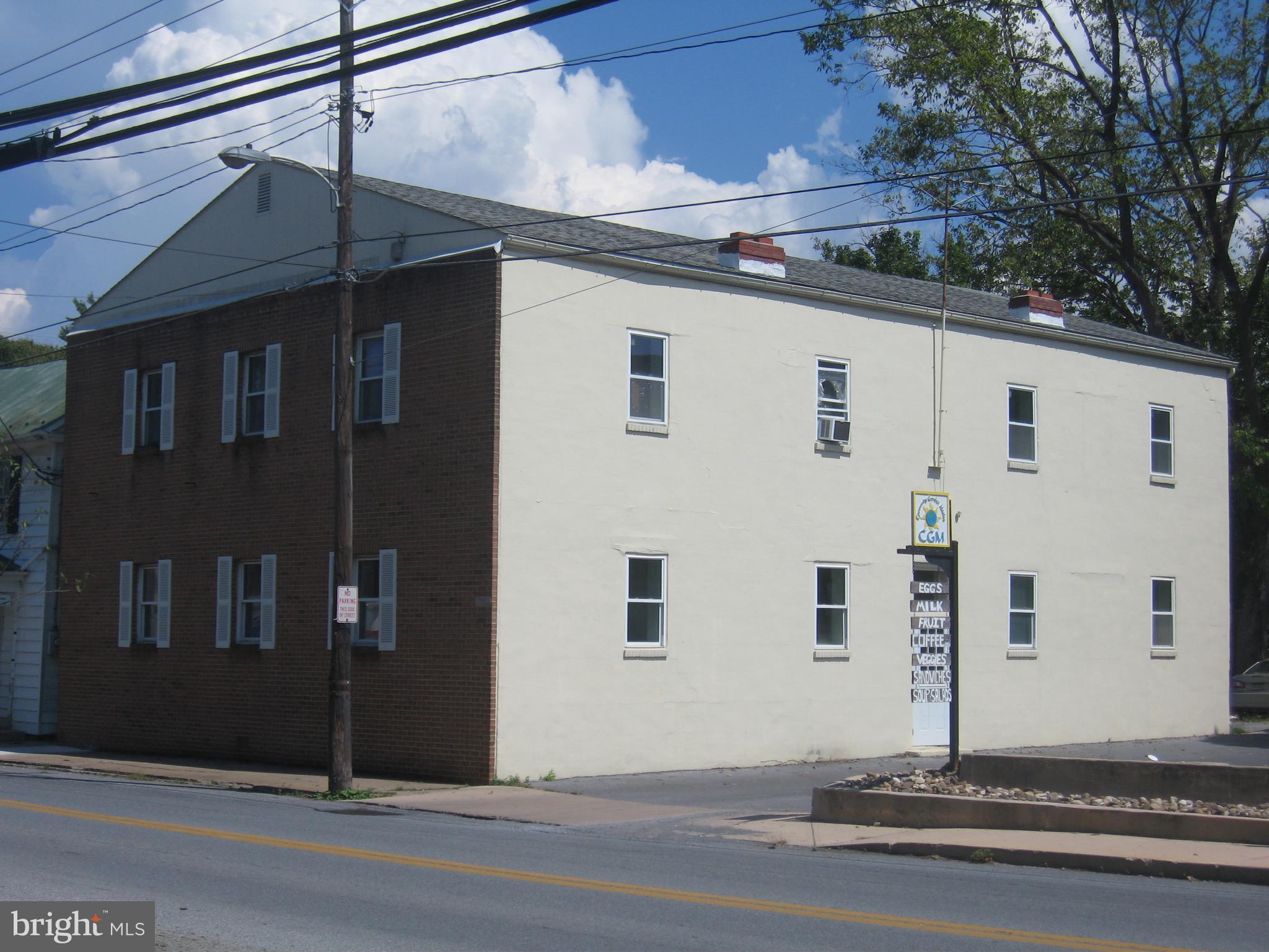 205 PRINCESS STREET S, SHEPHERDSTOWN, WV 25443