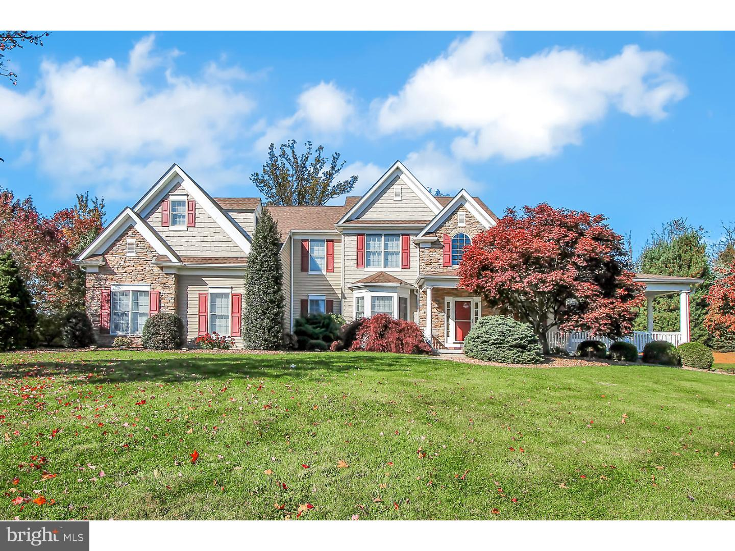 8865 CLEARWATER CIRCLE, FOGELSVILLE, PA 18051