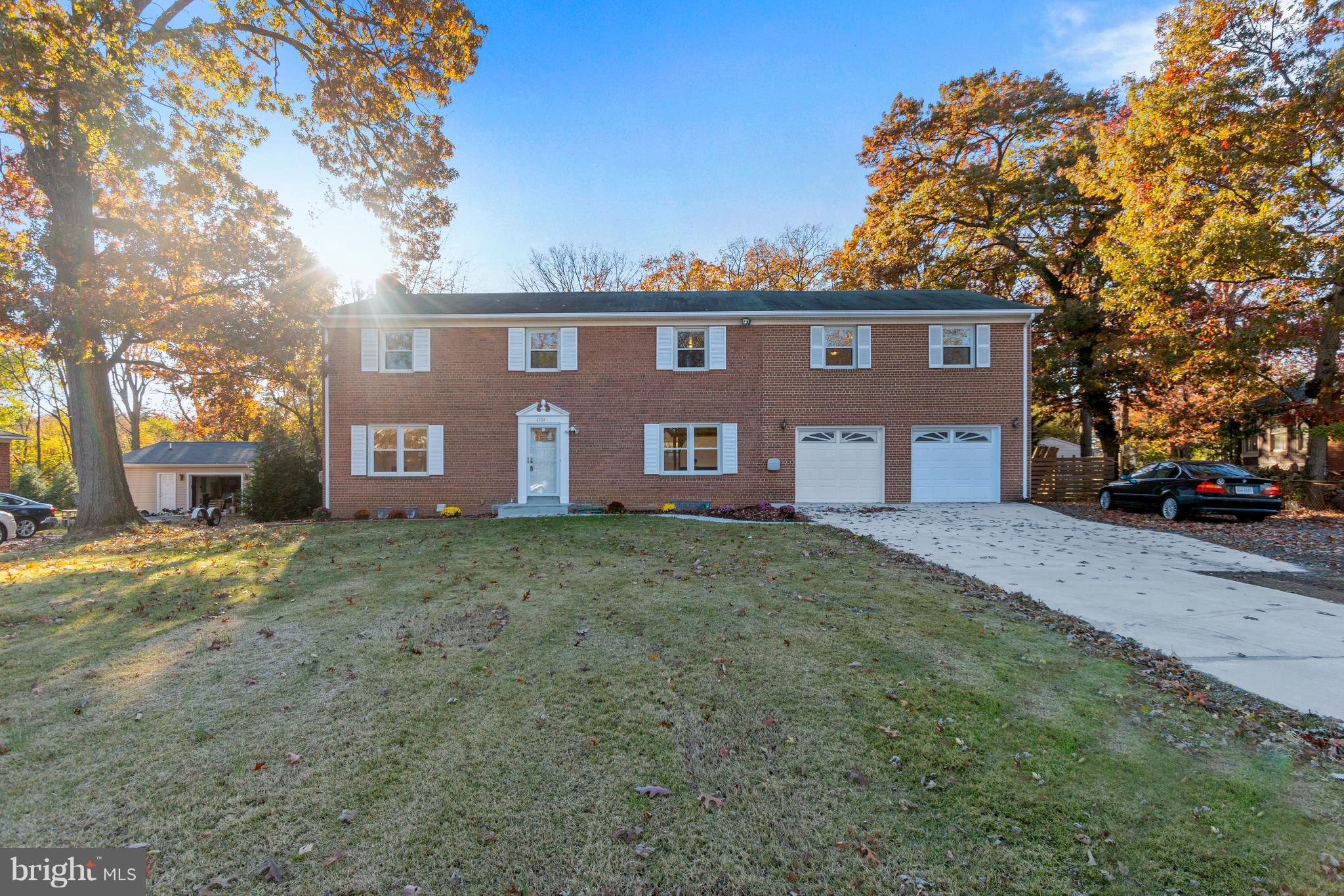 Large 3 levels brick home offers 5 BR,3.5 BA in cul de sac, hardwood floor in main and upper levels, finished basement with 4 extra room (NTC), 2 car garages, close to I-95 & I-395, neighborhood path to metro and next to the new Springfield town center, large fully-fenced back yard, plenty of parking spaces.  Open house Sat 10 Nov from 12 - 3 pm