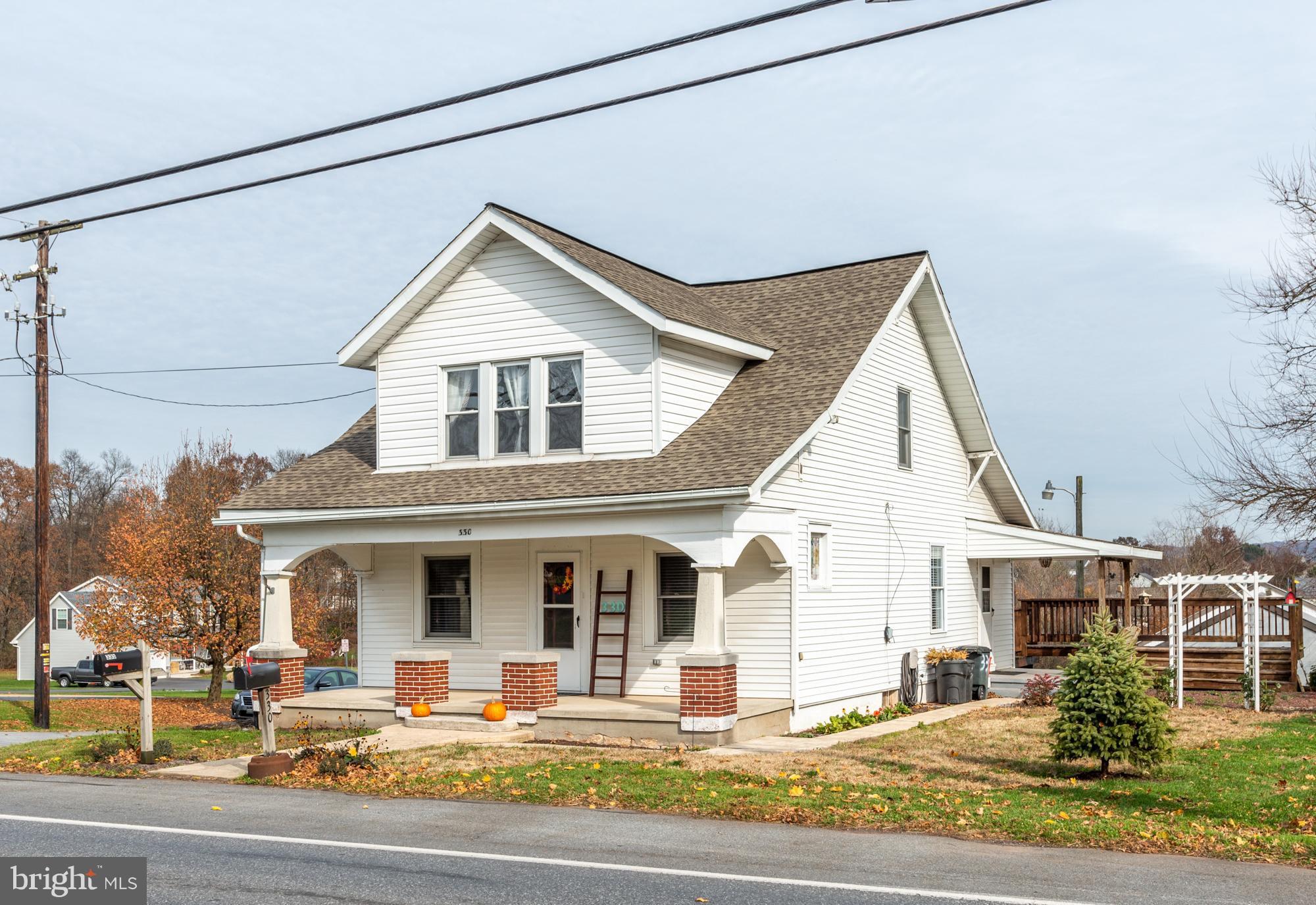 330 W MAIN STREET, REINHOLDS, PA 17569