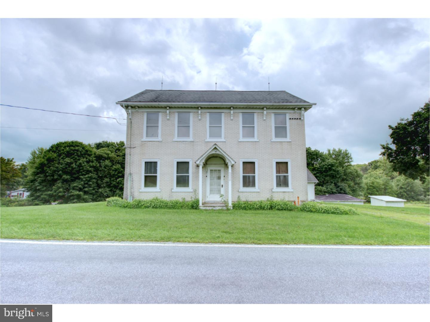 6835 SAEGERSVILLE ROAD, GERMANSVILLE, PA 18053