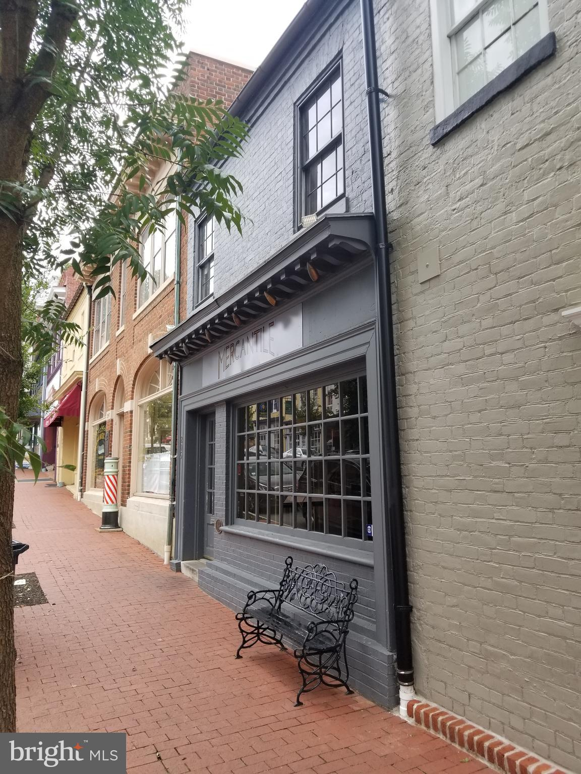 205 WILLIAM STREET, FREDERICKSBURG, VA 22401