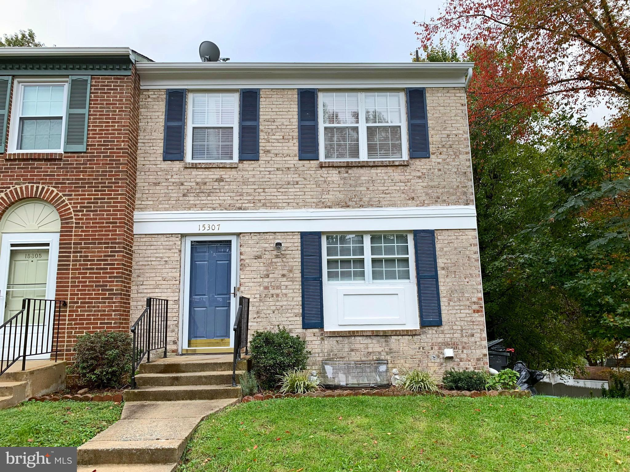 Beautifully maintained, bright and inviting Two-story + basement end unit townhouse in desirable community. Only minutes from Stonebridge at Potomac Town Center. Lots of shopping , dining areas nearby with access to the community pool and off street parking. The main level showcases the family room with gorgeous hardwood floors, dining area, a partial renovated kitchen updated cabinets, and Granite countertops. On the upper level you will find three bedrooms and two full bathrooms. The basement level has spacious laundry rm, bathroom with stand up shower, Large rec room w/ walkout basement & patio overlooking wooded area.