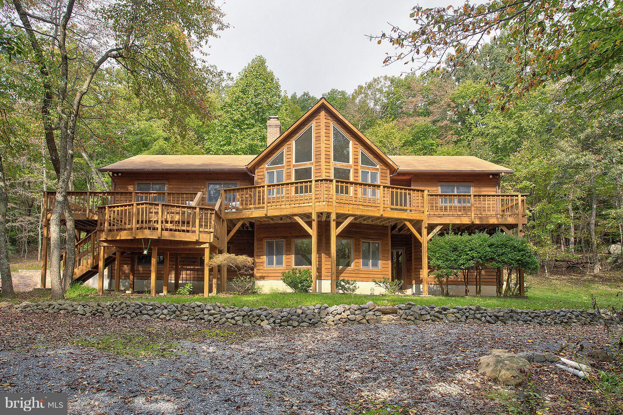 991 SLEEPY CREEK ROAD, CROSS JUNCTION, VA 22625