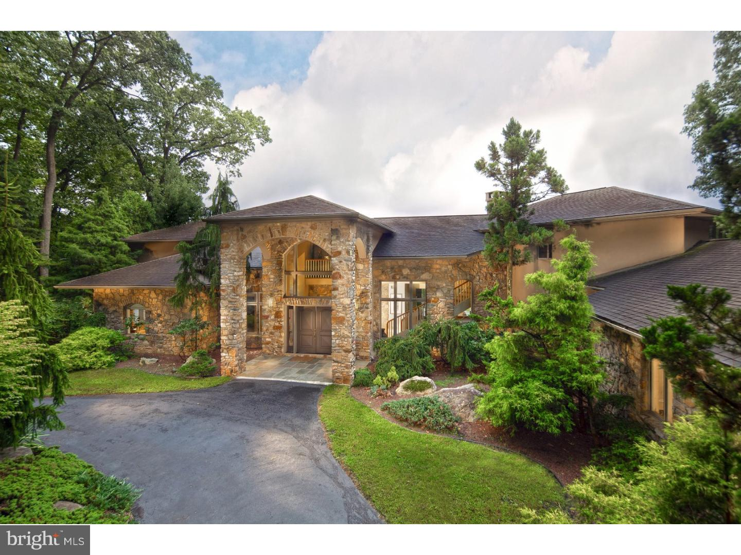 2080 SPRINGTOWN HILL ROAD, LOWER SAUCON TWP, PA 18055