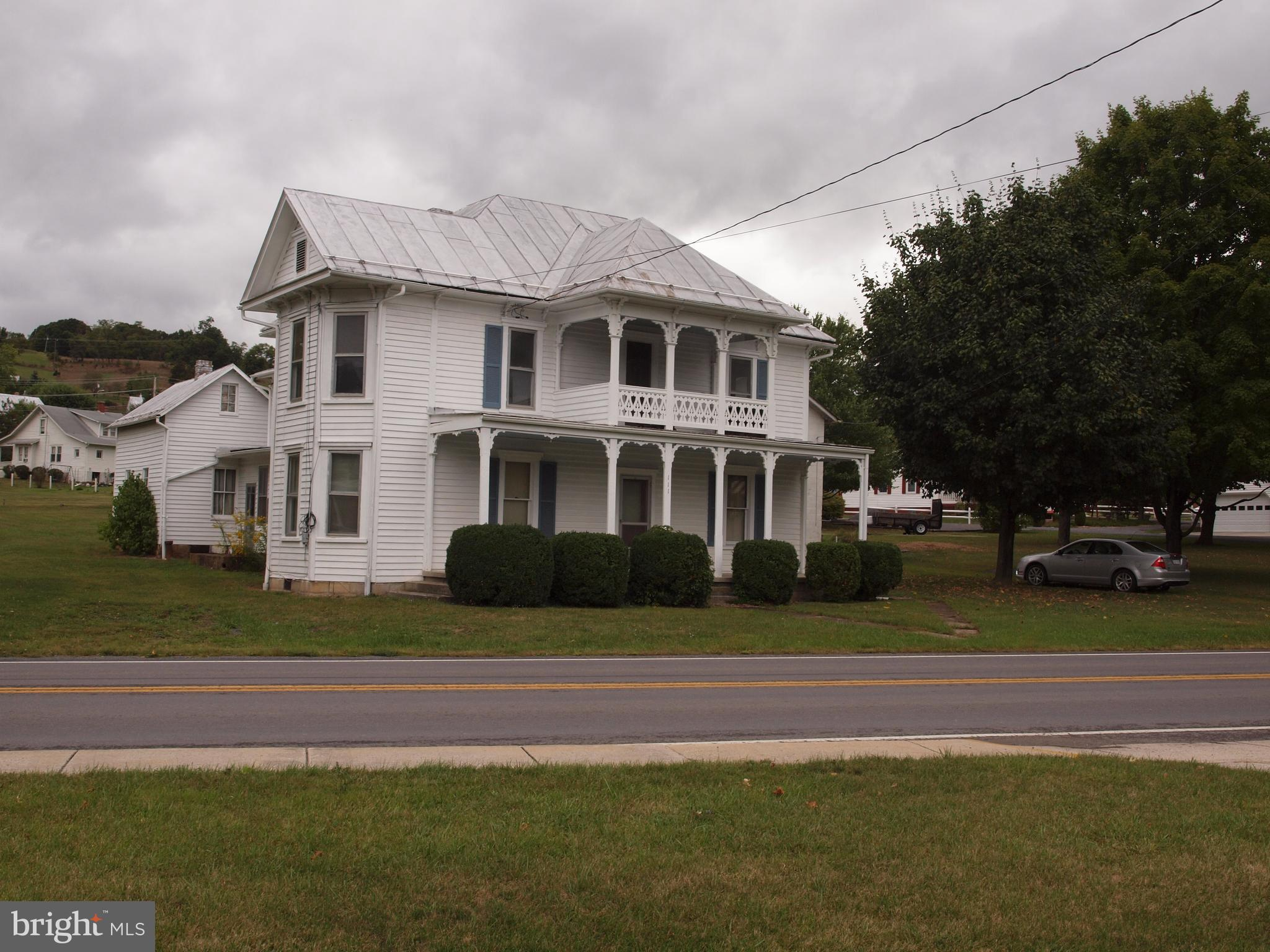 111 MAPLE AVENUE, FRANKLIN, WV 26807