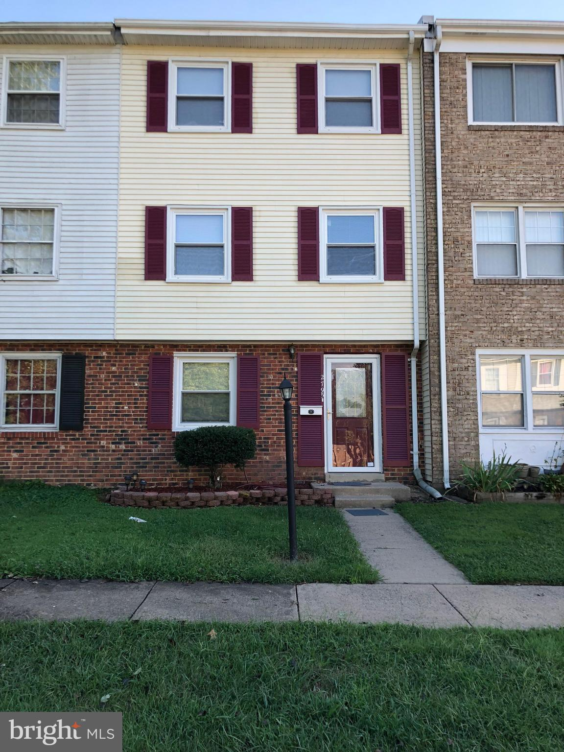 Spacious townhome just minutes from I-95 and Quantico, 4 bedrooms, 2 baths, 3 finished levels. New kitchen cabinets, countertops, bathroom vanities and flooring.  Washer/dryer, ceiling fans, fenced backyard with deck, rec room in basement.  Vacant and move in ready. No sign on property. Owner/Agent.