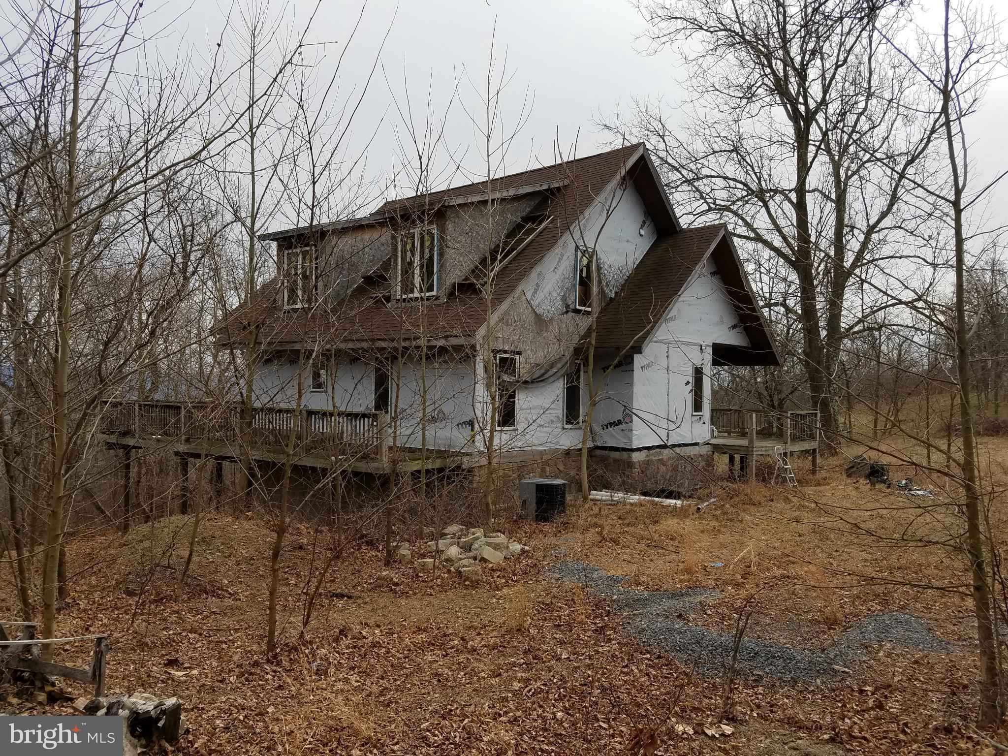 19 SHAWNEE HILL DRIVE, OLD FIELDS, WV 26845