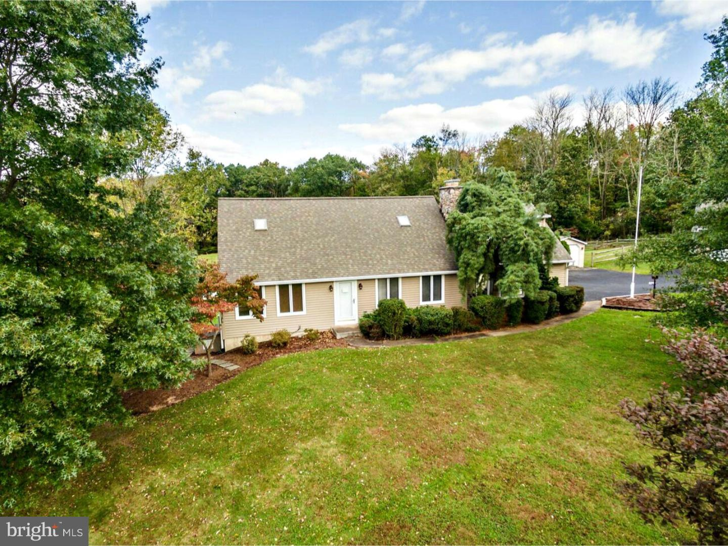317 CLUMP ROAD, GREEN LANE, PA 18054