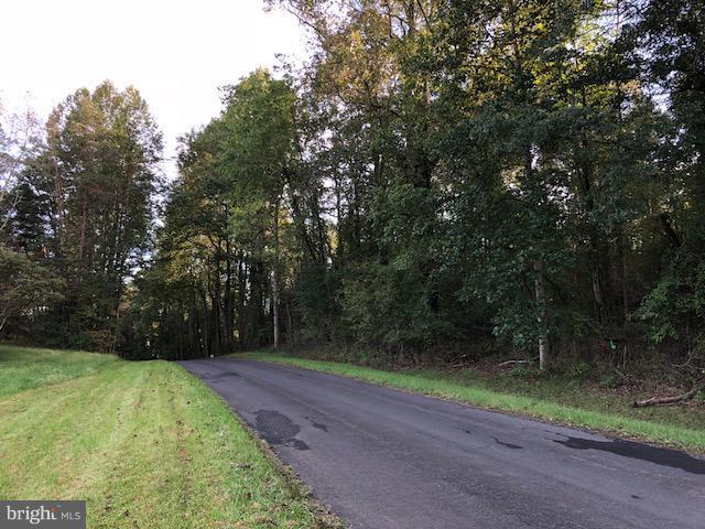 Grand View Road, Washington, VA 22747