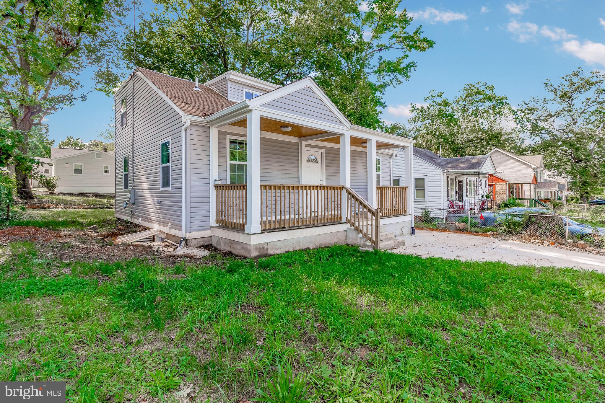 400 70TH PLACE, CAPITOL HEIGHTS, MD 20743
