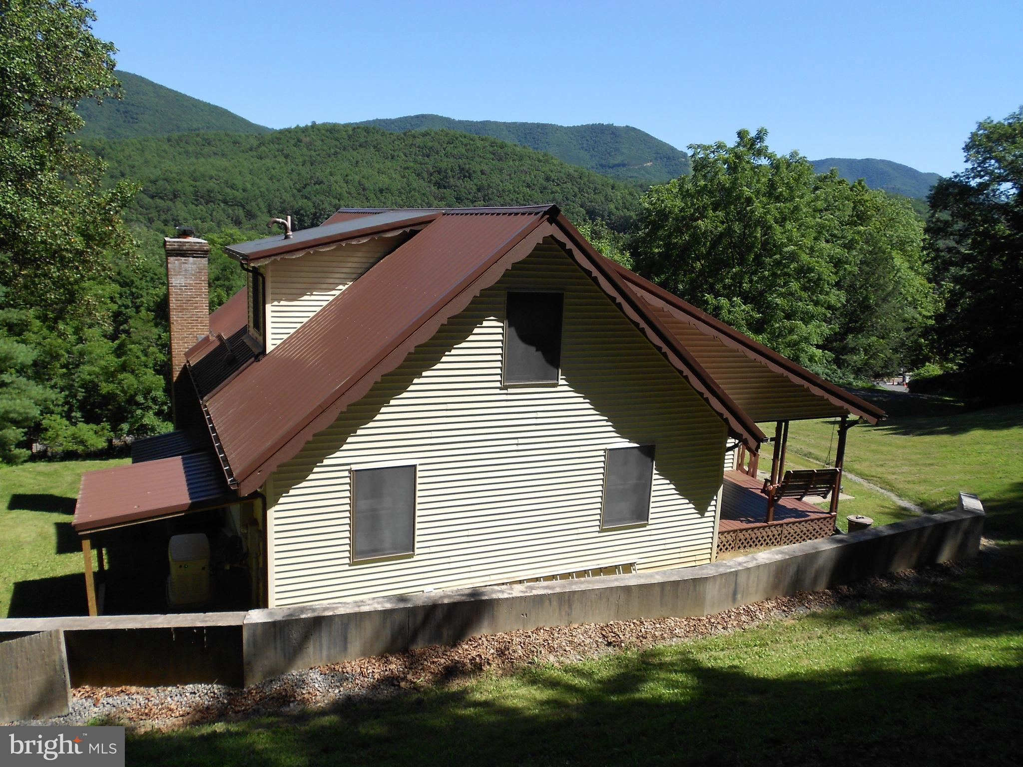 20300 SOUTH FORK ROAD, MILAM, WV 26838