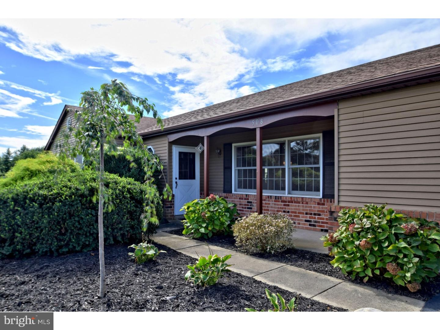 Super 508 Beacon Hill Lane Plymouth Meeting Pa 19462 Sold Listing Mls 1008348342 Re Max Of Reading Beutiful Home Inspiration Ommitmahrainfo