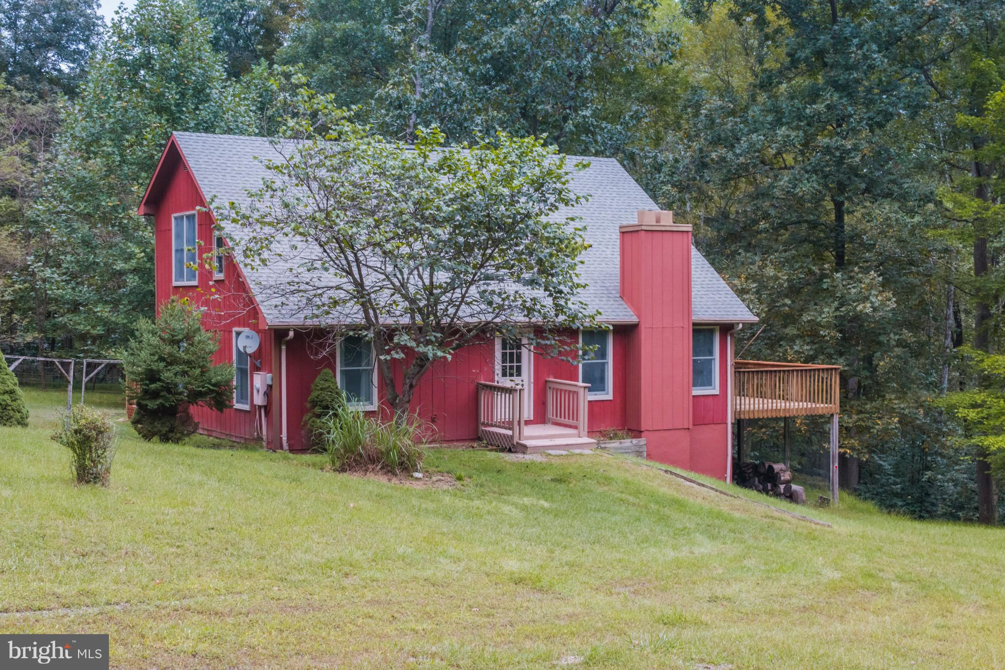 1717 CONSTANT RUN ROAD, GREAT CACAPON, WV 25422