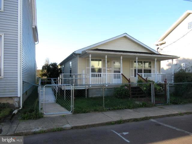 137 PINE STREET, SUNBURY, PA 17801