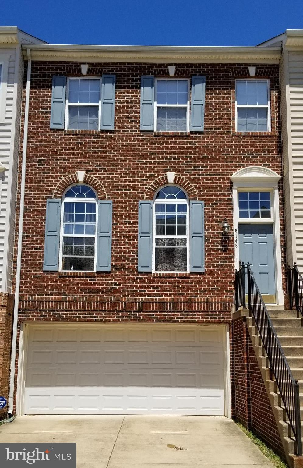 PRICE REDUCED!!! Move-In Ready*Beautiful townhouse w/ gorgeous views of wooded conservancy*NEW Stainless Steel Appliances *3 Levels w/ over 2,400 sq ft of Living Space*2 Car Garage*Large Kitchen off Family Room*Spacious Master Suite w/ Sitting Area, walk-in closet*Master bath includes Dual Vanity & Jetted Tub w/ Sep Shower*Great Location Near Pentagon, Fort Belvoir, and Metro*Call Today