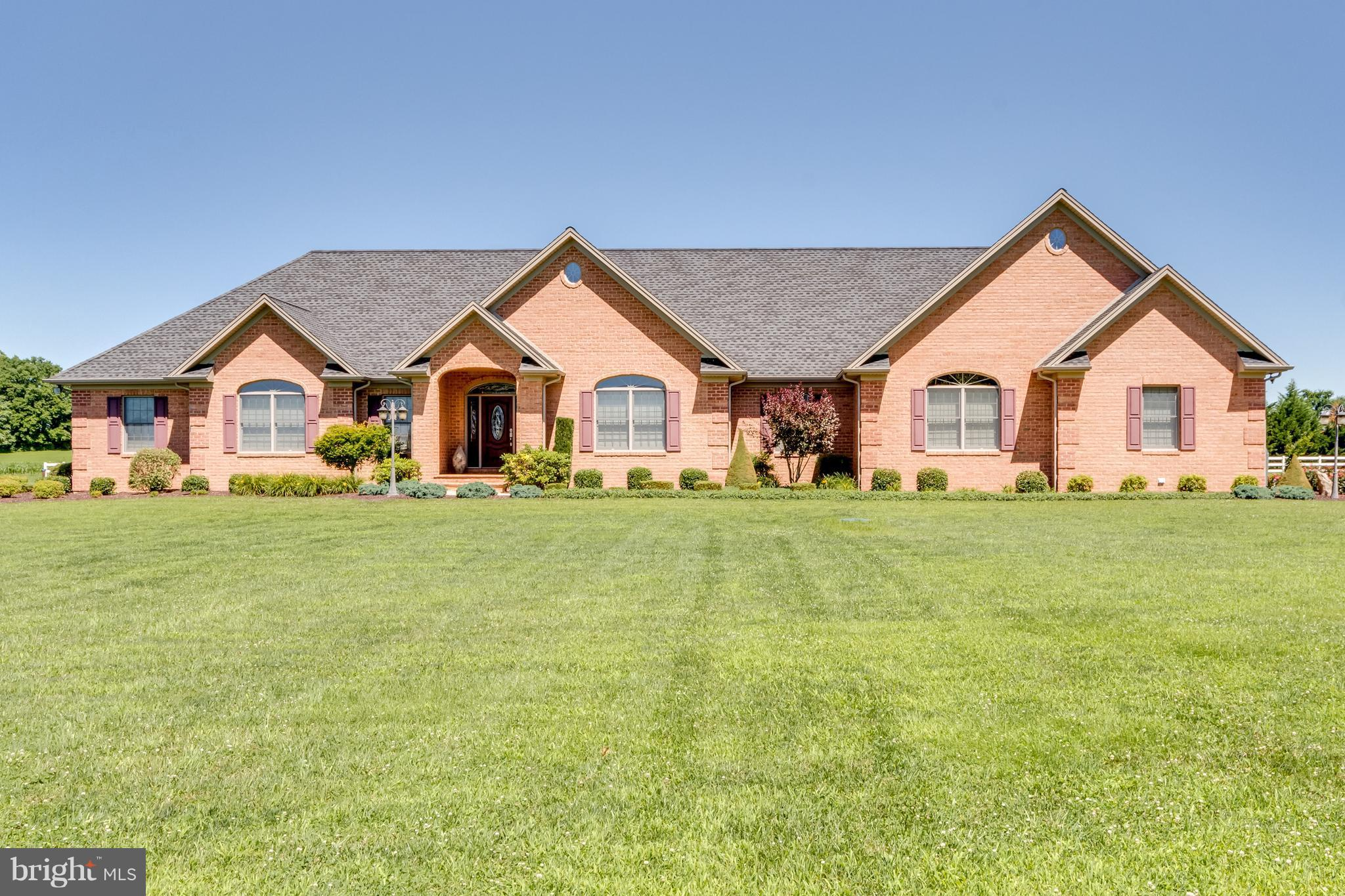 116 STATICE DRIVE, HEDGESVILLE, WV 25427