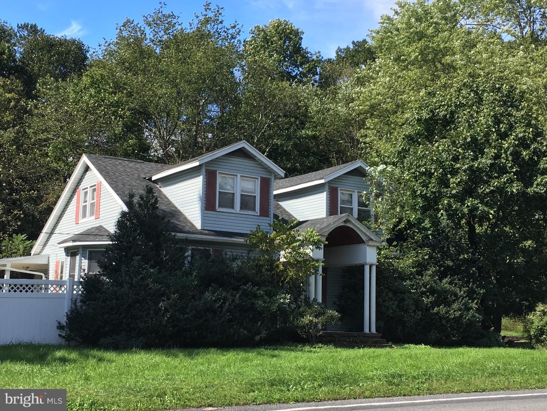 1716 W PENN PIKE, NEW RINGGOLD, PA 17960