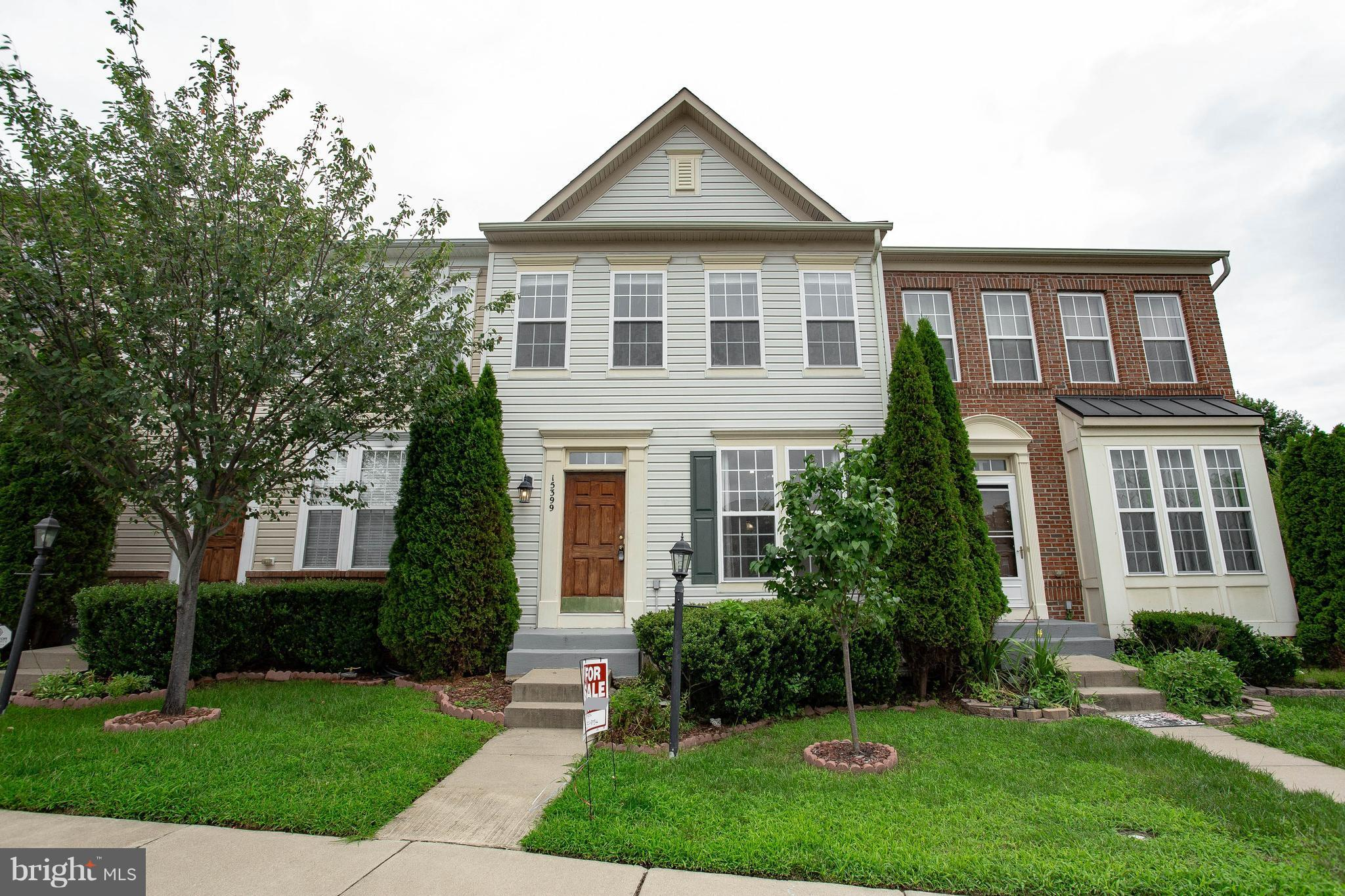 Back on the market pending Release. Spacious and beautiful Town Home in a Fantastic location close to I95, Route 1 , the VRE, Potomac Mills Mall, IKEA, Costco and many more **Move in Ready with new carpet, newer AC unit, newer paint, completely fenced backyard with a newer fence, newer deck and the shortest walk to the pool. A must see!!