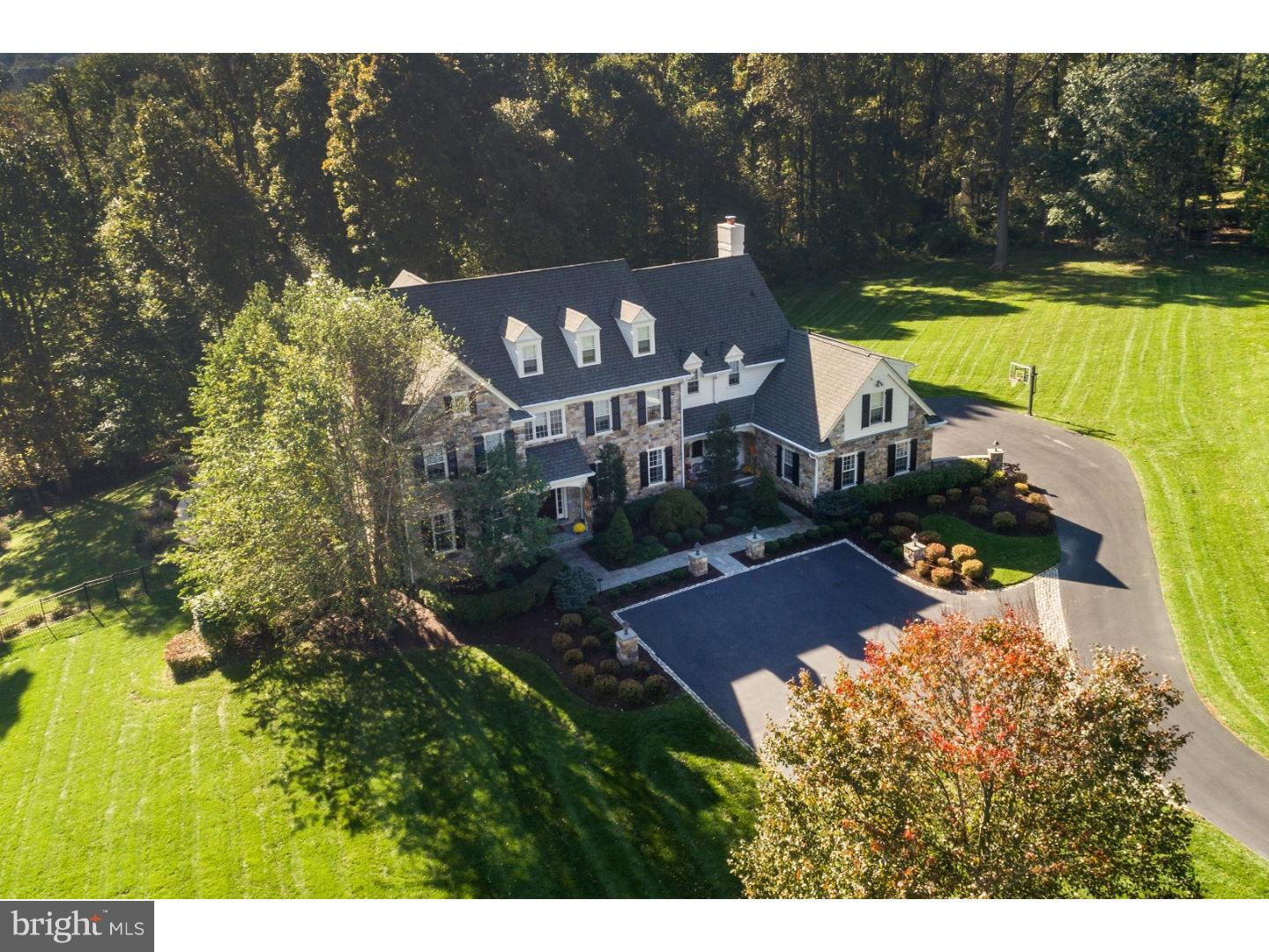 44 Farrier Lane Newtown Square, PA 19073