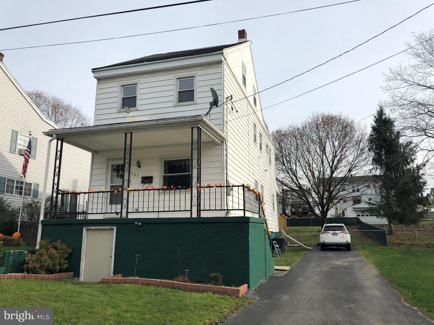 707 5TH STREET, PORT CARBON, PA 17965