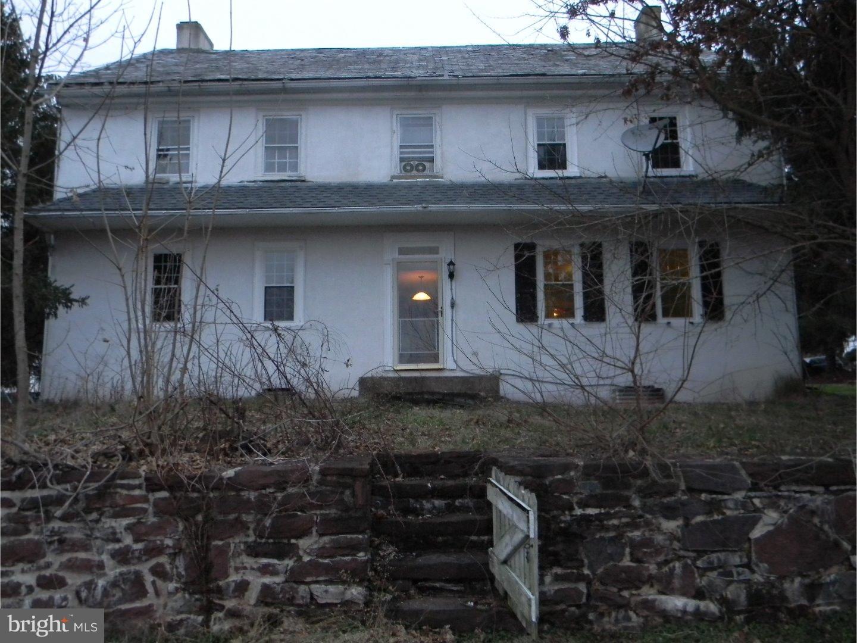 1110 LANDIS ROAD, PENNSBURG, PA 18041