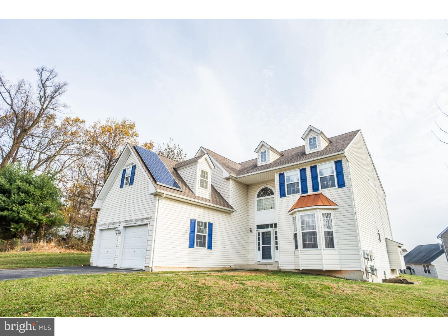 713 CARRIAGE CIRCLE, UPPER CHICHESTER, PA 19014