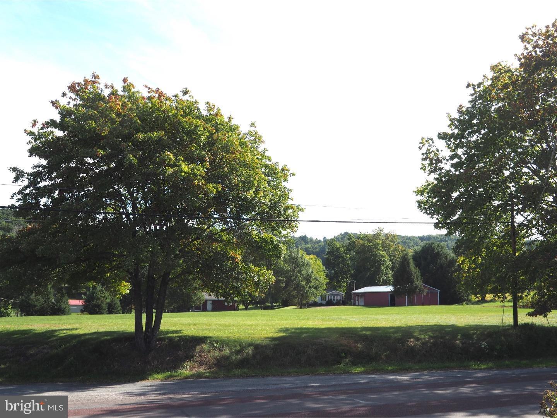 1375 OAK GROVE ROAD, LEHIGHTON, PA 18235