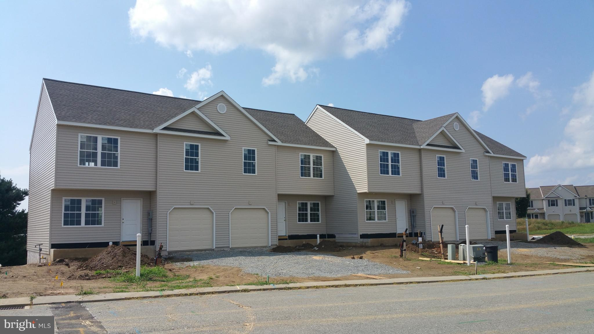 10-16 CREEKSIDE DRIVE, WRIGHTSVILLE, PA 17368