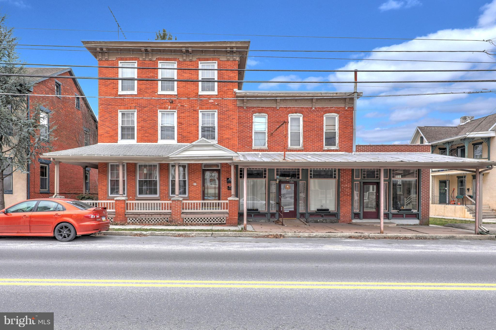 107-109 CARLISLE STREET, NEW OXFORD, PA 17350