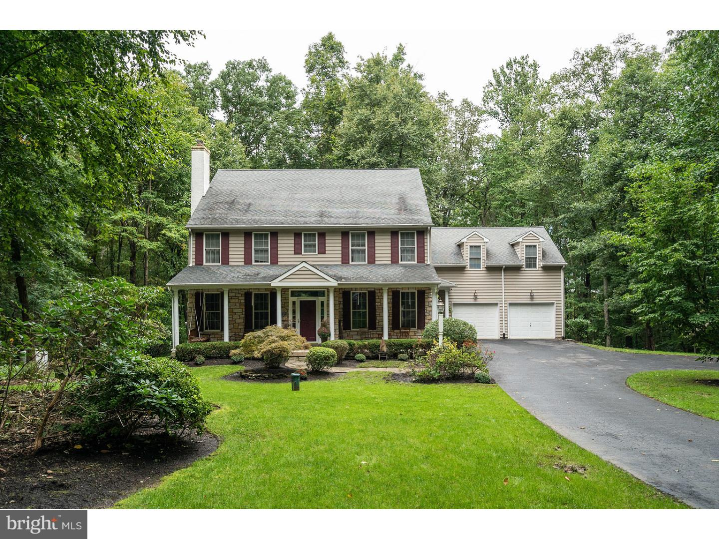 2140 STERNERS ROAD, GREEN LANE, PA 18054