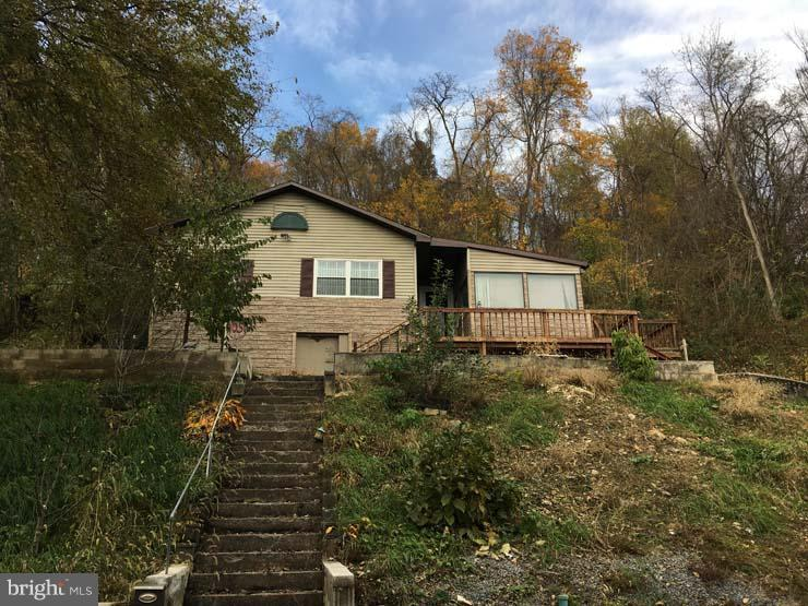 1051 7TH STREET W, LEWISTOWN, PA 17044