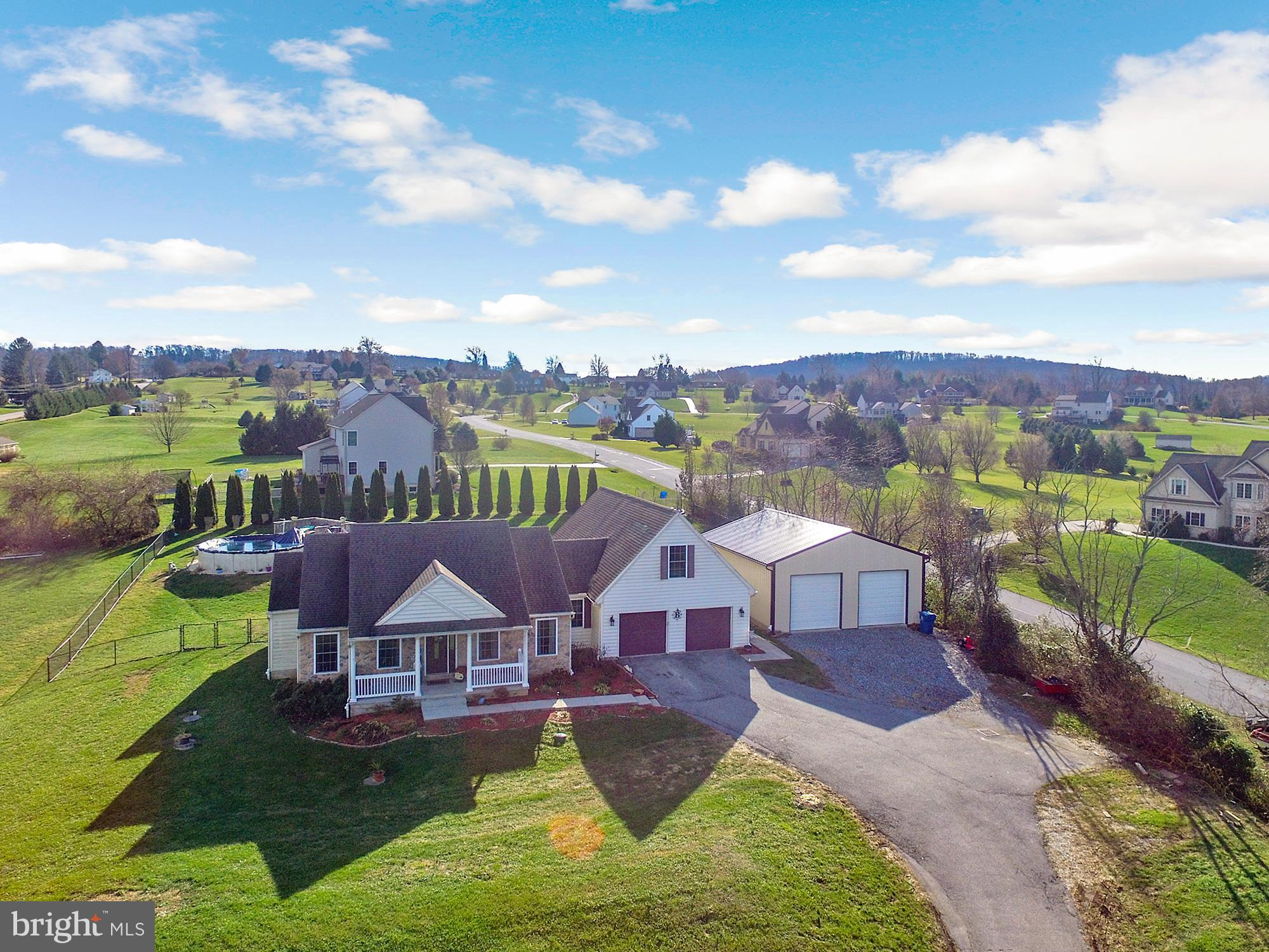 1095 KENDALE ROAD, RED LION, PA 17356