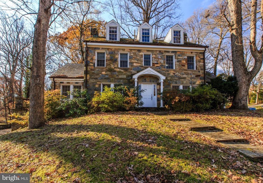 This sale includes 2 parcels! Both Tax ID's: 03-036-056 AND 03-036-055.  (See Documents Section for Plat, Tax Maps & Floor Plans)  LOT 1 Includes handsome stone colonial on over 15,321 SF and LOT 2 is separate buildable lot off North 37th Street which has 12,113 SF  for total of 27,434 SF or .63 acres. Located amid mature trees and landscaping, this 3 bedroom, 3 bathroom home boasts high ceilings, new Marvin windows and re-finished hardwood floors.  Contact LA for plat/survey.