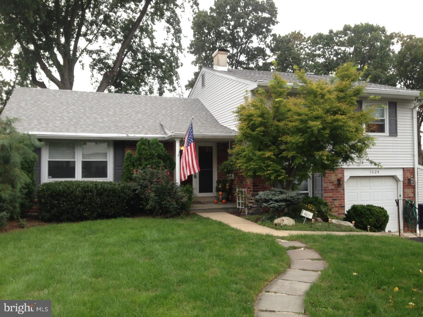 1624 JILL ROAD, WILLOW GROVE, PA 19090