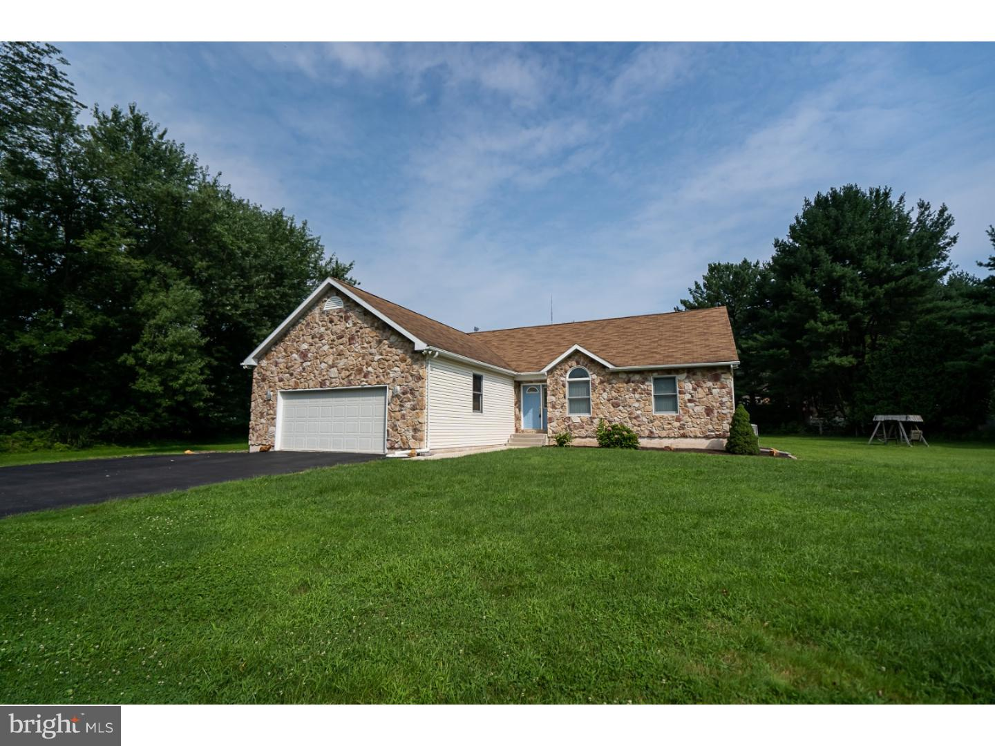 3701 BITTERSWEET ROAD, CENTER VALLEY, PA 18034