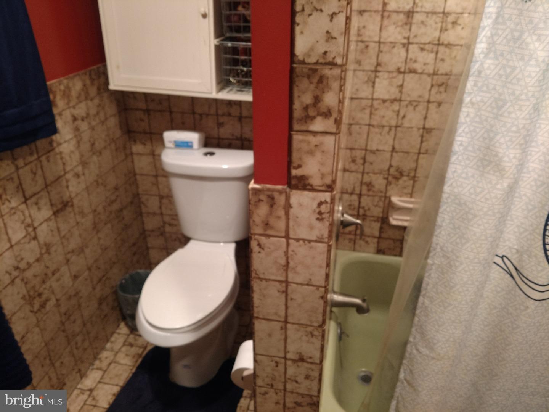 Montrose street public toilets