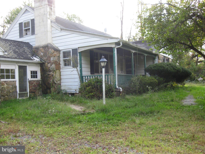 5080 CHAPMANS ROAD, ALLENTOWN, PA 18104