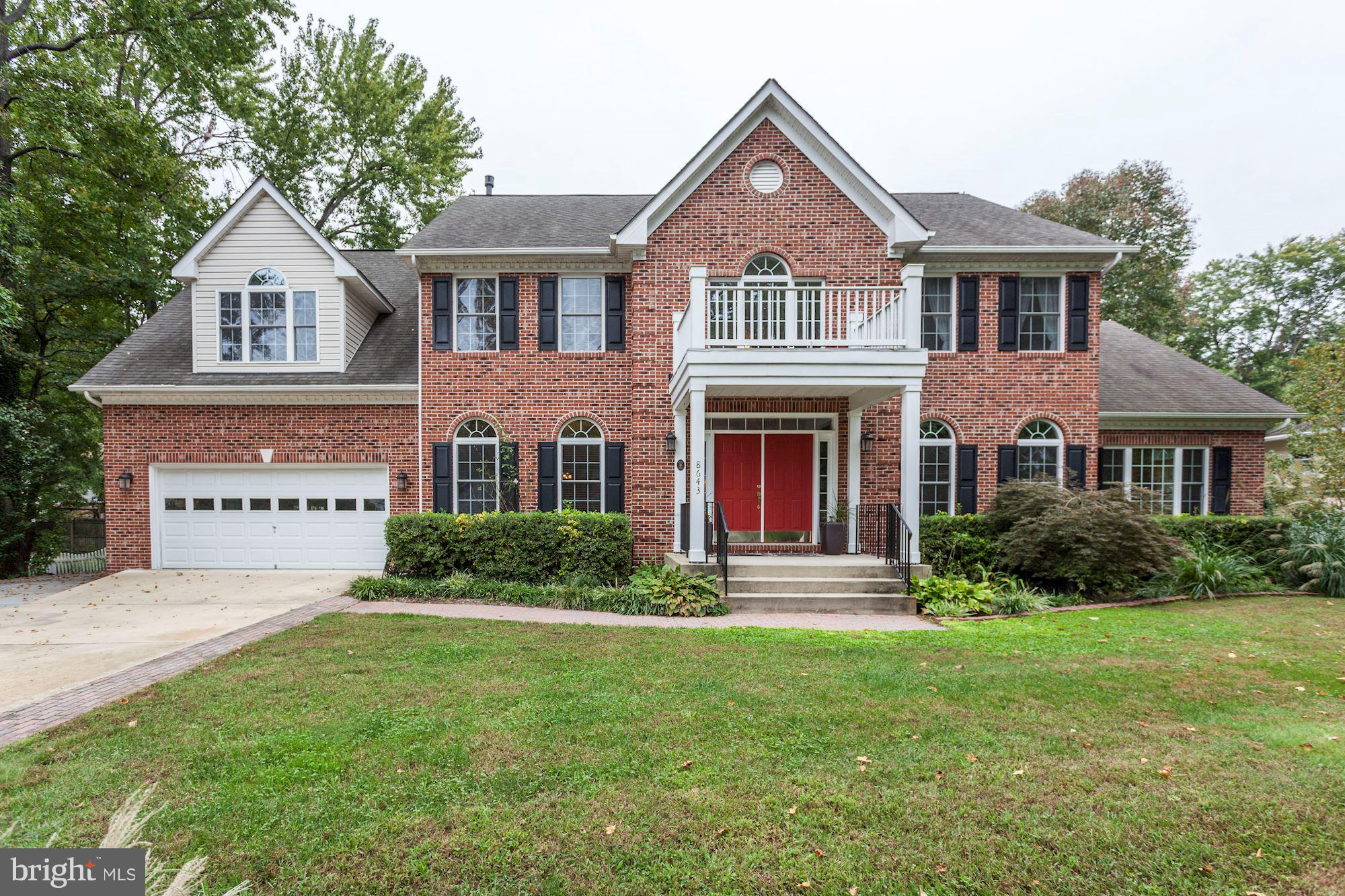 Price Adjusted - A BEAUTY!!  4 BR - 3.5 BA, 2 Fireplaces in Mt. Vernon Hills, part of George's original farm, freshly painted, hardwood floors, NEW GRANITE COUNTER-TOPS, sitting room off MBR w/ gas FP, library/music room, oversized water heater, 3 car garage (2 front - 1 on side) bsmt ready for your design and finishing touches, bath is plumbed.  Sale incl. lots 36, 37 & 38.   Call LA for info.