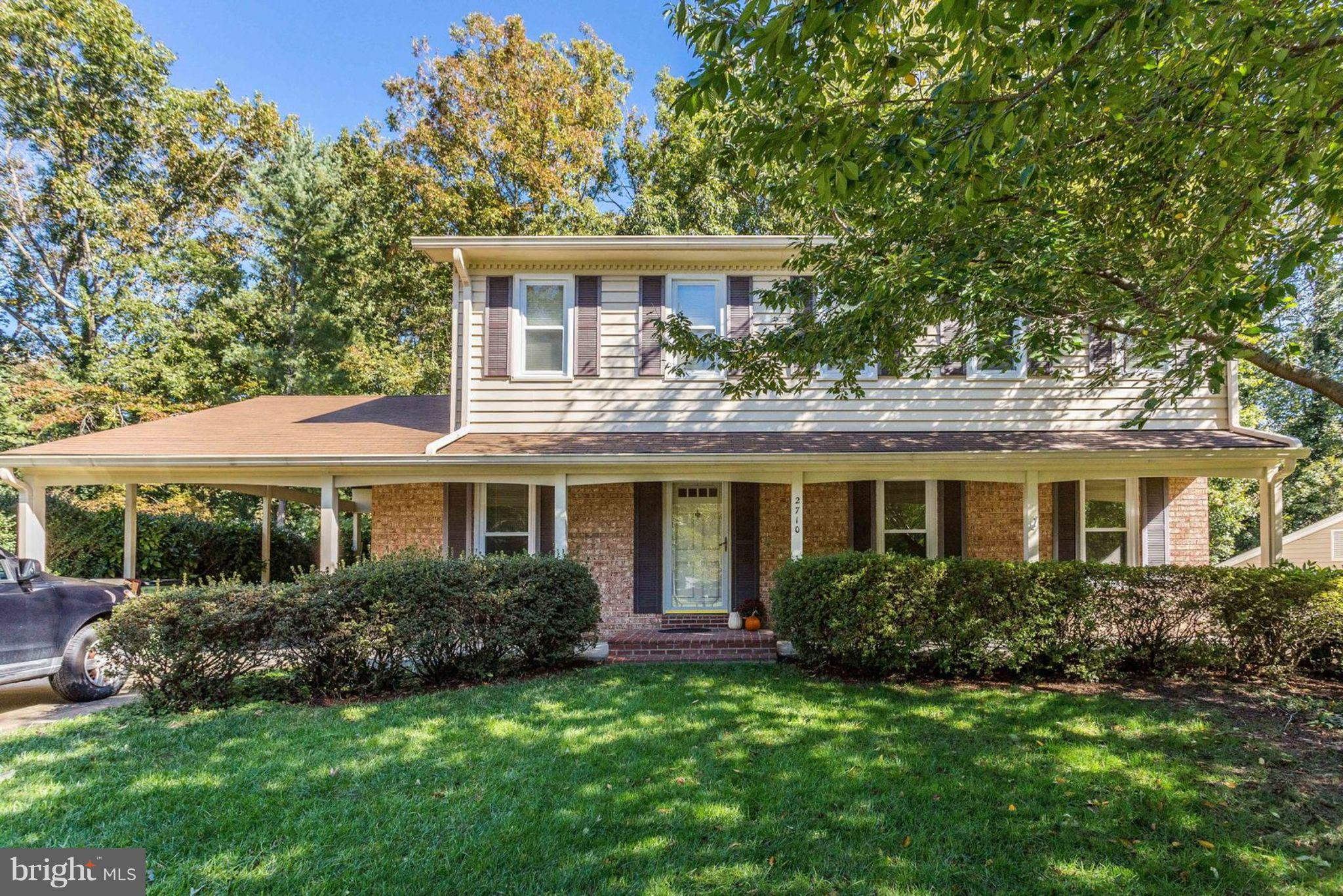 Home in a Cul de Sac in an established neighborhood. Deck that backs to trees. Built in Bookcases in Family Room, Built in Corner China Cabinets in Formal Dining Room, Granite Countertops, Stainless Steel Appliances, Freshly Painted,  Newer Roof.  Carport and Paved Driveway