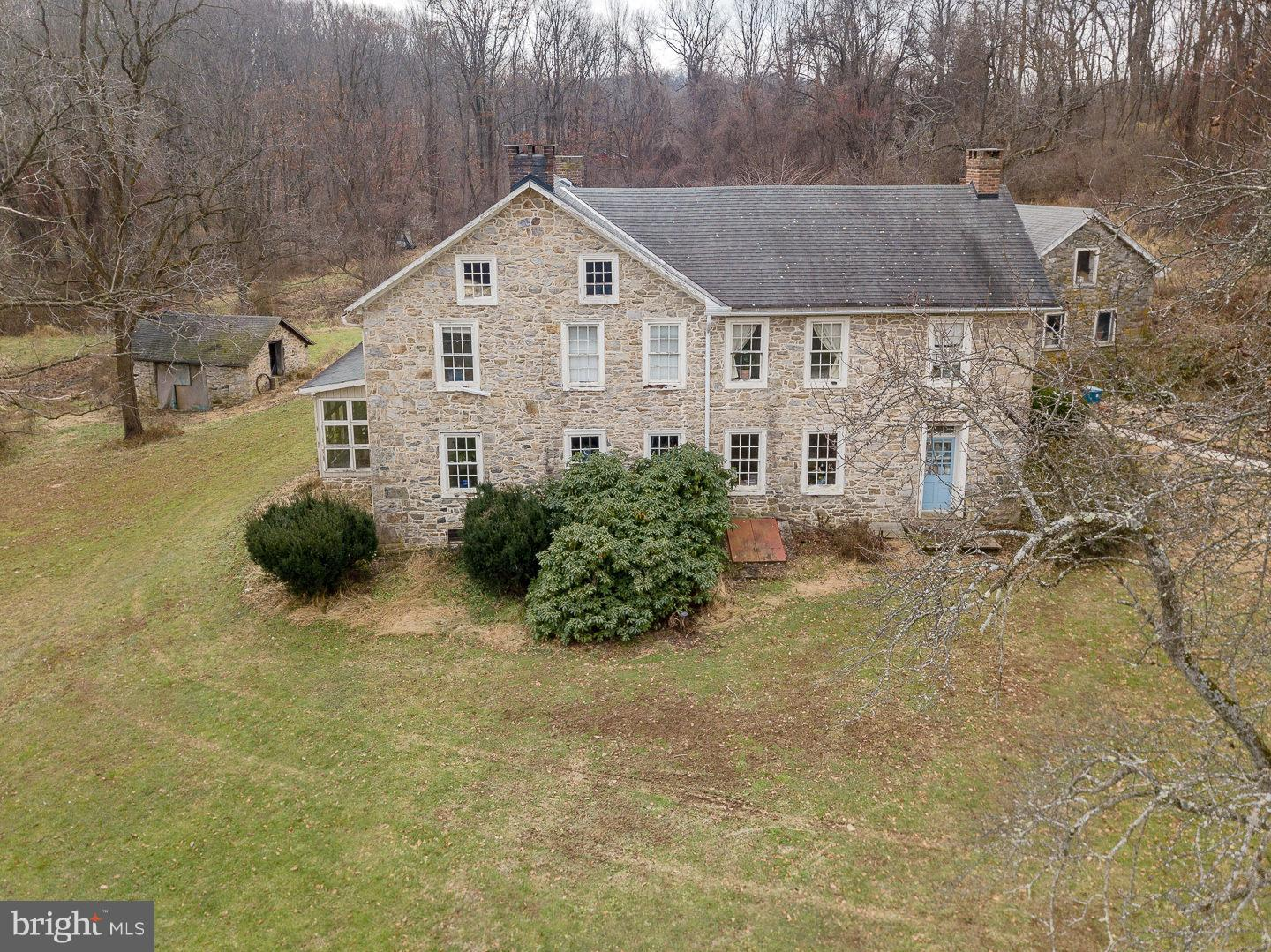 5476 HEISTAND ROAD, ZIONSVILLE, PA 18092