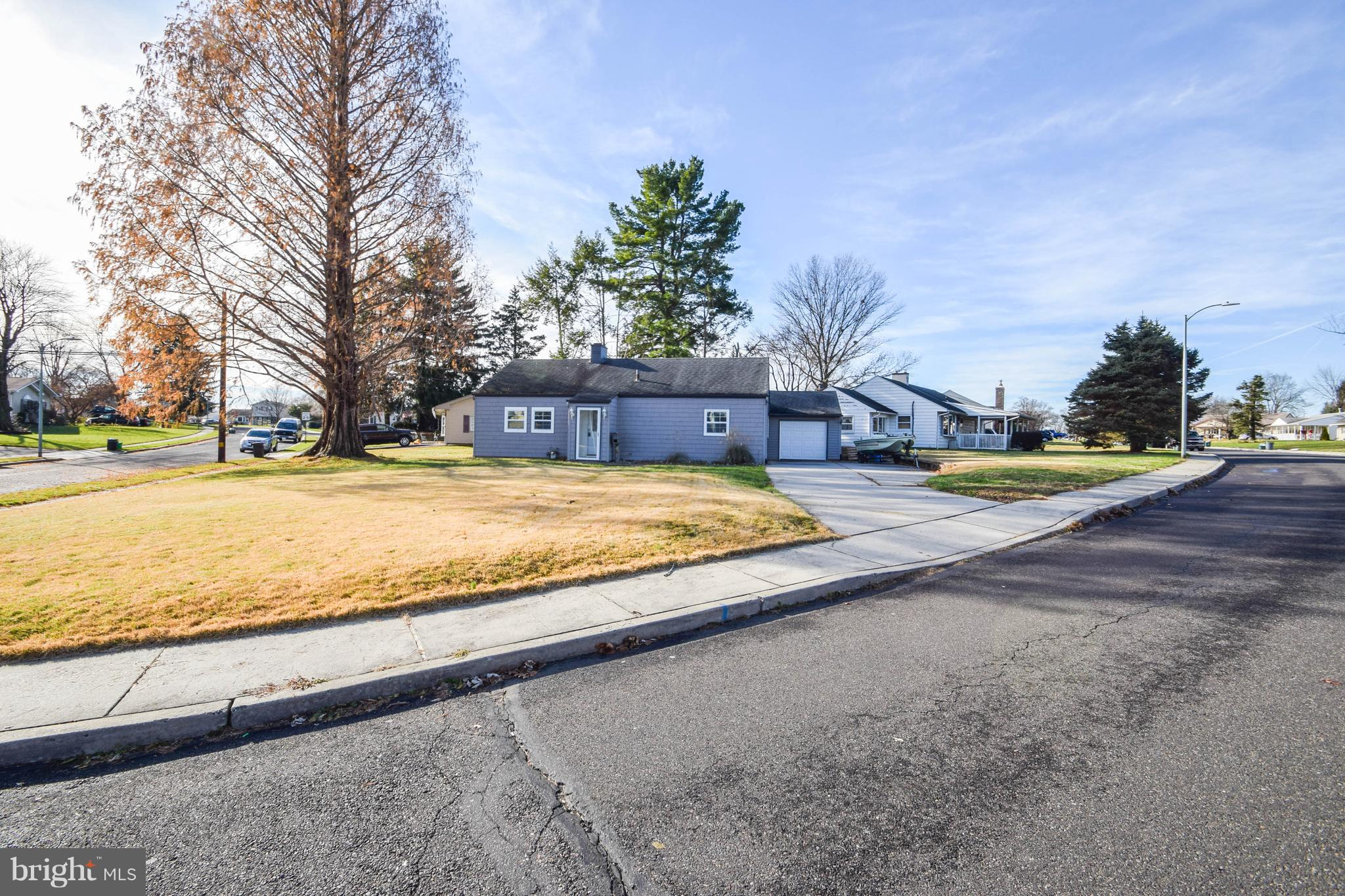 438 ANDOVER ROAD, FAIRLESS HILLS, PA 19030
