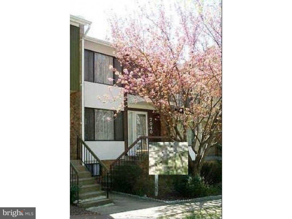 A townhouse with new carpet, and freshly painted and partial new kitchen cabinet, 4 room, 4 bath, 2 story plus full basement. Close to metro park & ride and public transportation. Hoa fees $70/ mo. Street level walk in basement. School bus stop within the community. New Roof 2017. Basement Rec Room Size 224 sqft plus den. Deck 120 SqFt.