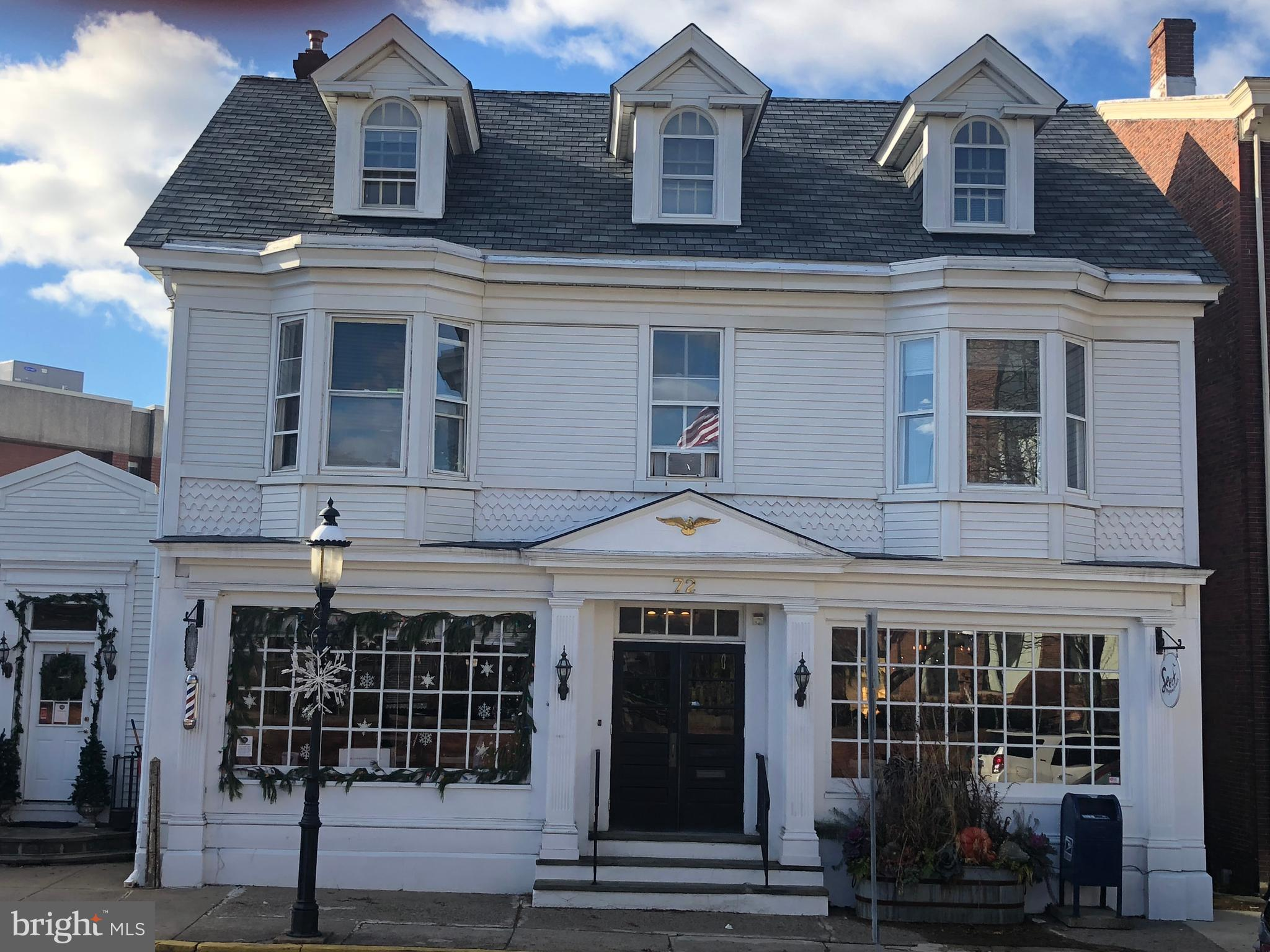 72 N MAIN STREET, DOYLESTOWN, PA 18901